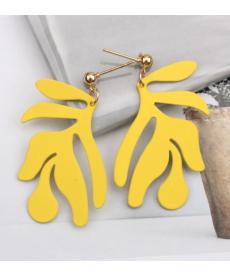 Yeni Tasarım Geometrik Sarı Küpe 4 Cm