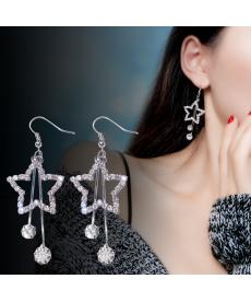 Gümüş Renk Yıldız Küpe Modelleri 2020