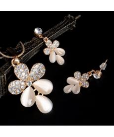 Opal Taşlı Çiçek Model Gelin Nişan Takı Seti