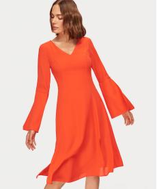 Mercan Kol ve Yırtmaç Detaylı Elbise