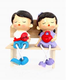 Bankta Oturan Love Sevgili Biblo Hediyelik Eşya