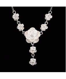 Gümüş Kaplama Çiçek Desenli Retro Güzel Kolyeler