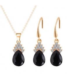 Altın Kaplama 18K Siyah Avusturya Crystal Takı Setleri Romantik Stil