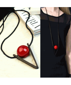 Japonya ve Kore Moda Üçgen Kırmızı İnci Kolye Uzun Moda Kolye